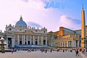 Obelisk at Vatican by Dennis Jarvis