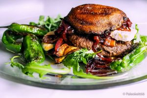 Portobello Burger. Image by Credit-License-By CC 2.0 PaleoCiettio